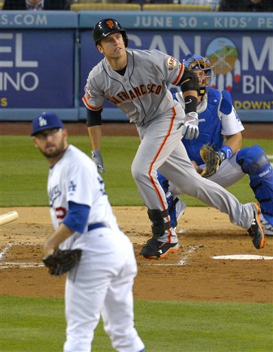 Kemp returns, saves Dodgers in 6-5 win over Giants