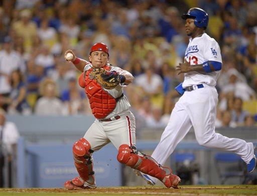 Dodgers bounce back to win on Ellis' single