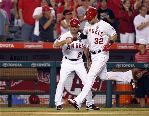 Angels use 3-run ninth to beat Cardinals 6-5