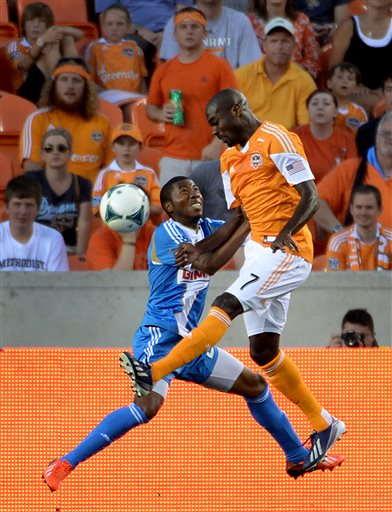 Clark lifts Dynamo to 1-0 win over Union