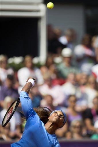 Serena Williams advances to 2nd round in Bastad