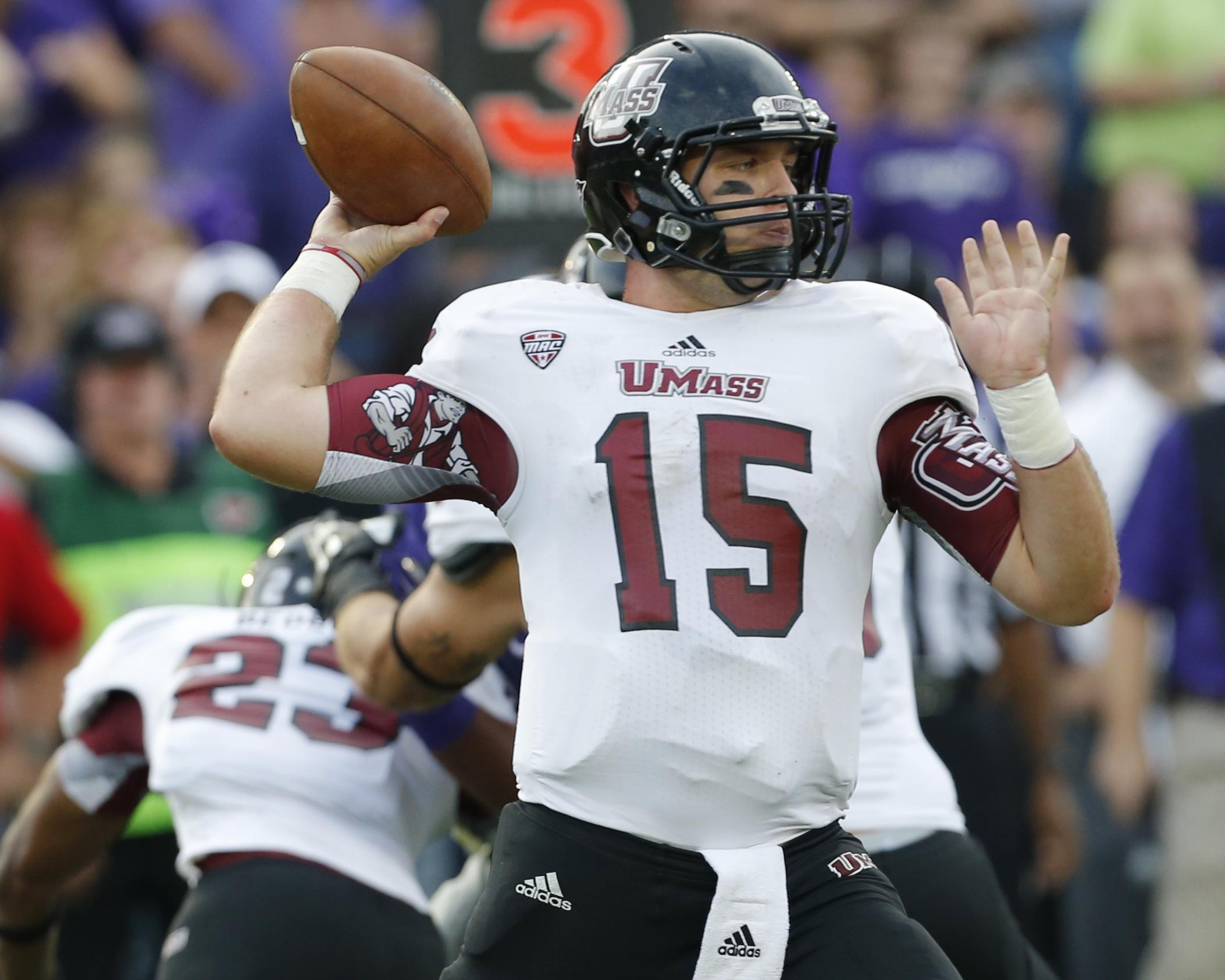 Hubert, Kansas State run over UMass for 37-7 win
