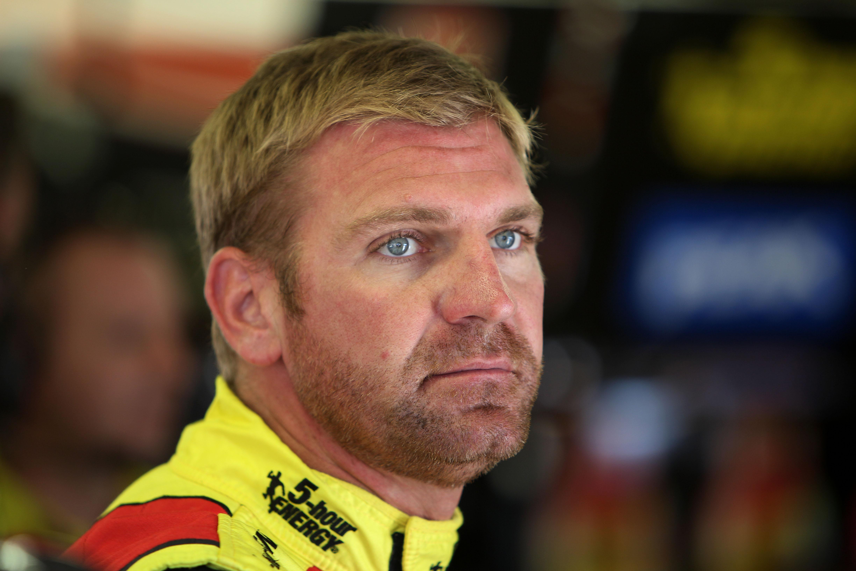 5-Hour Energy sticks with Michael Waltrip Racing