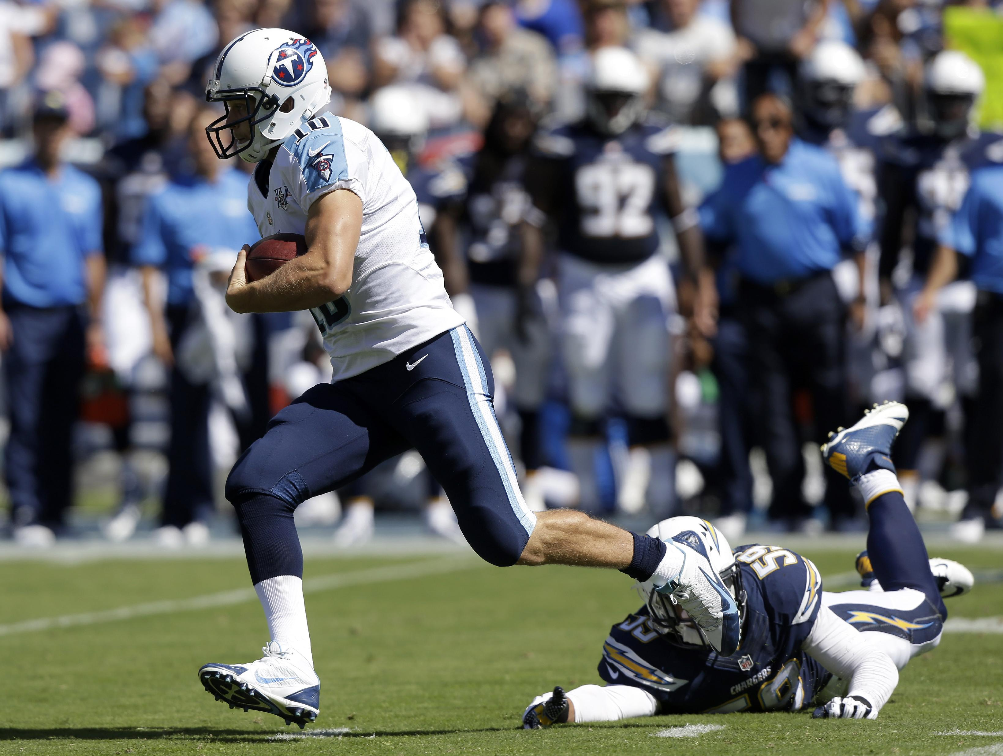 Locker rallies Titans to 20-17 win over Chargers