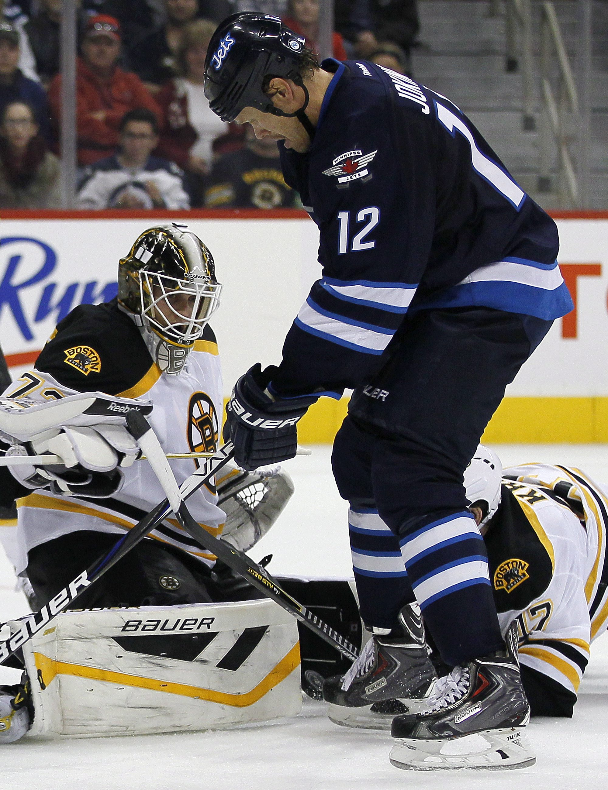 Bruins top Jets 3-2 in OT