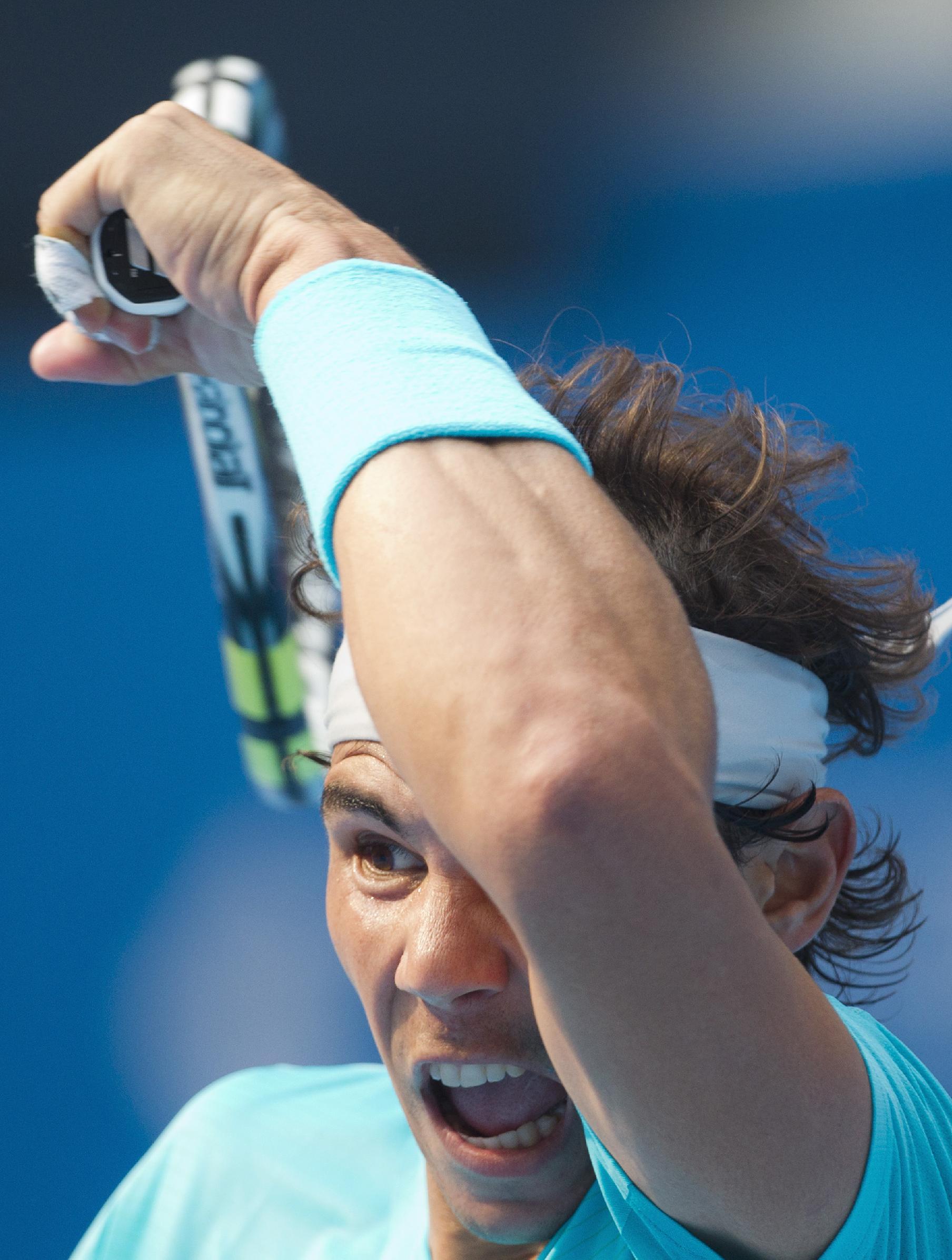 Nadal, Djokovic, Serena reach China Open semis