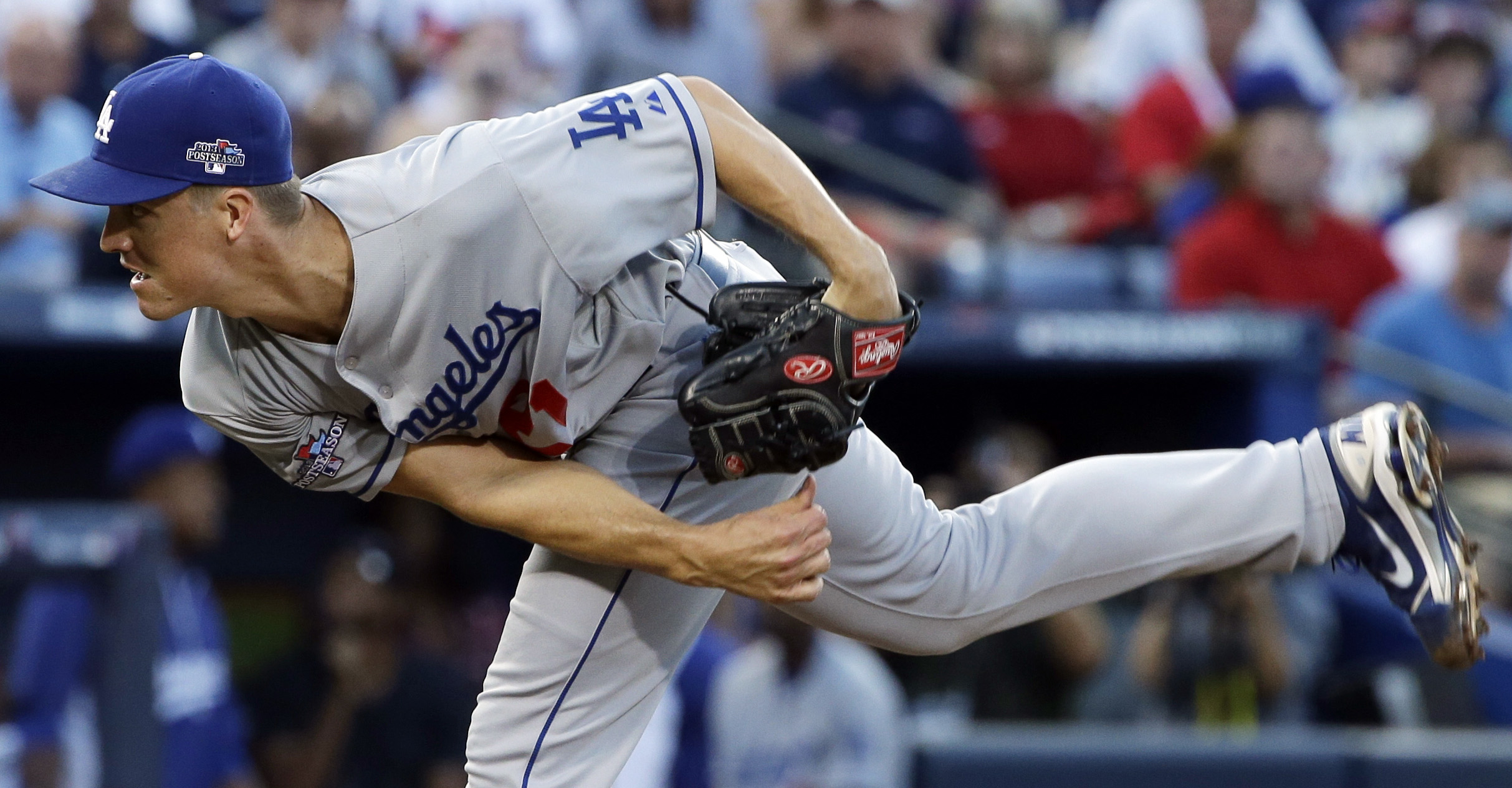 Braves hold off Dodgers 4-3, division series tied