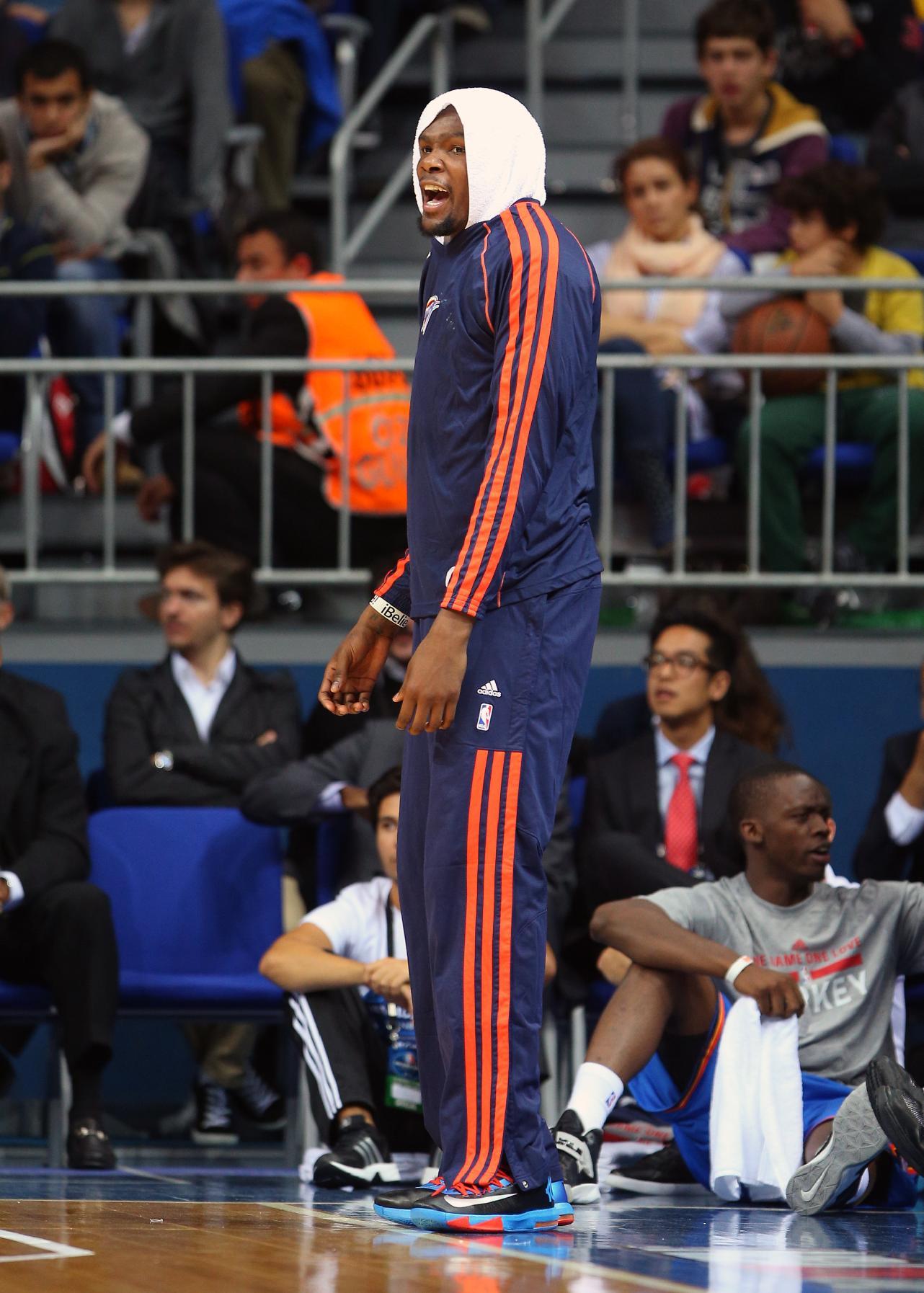 Durant, Thunder win exhibition opener in Turkey