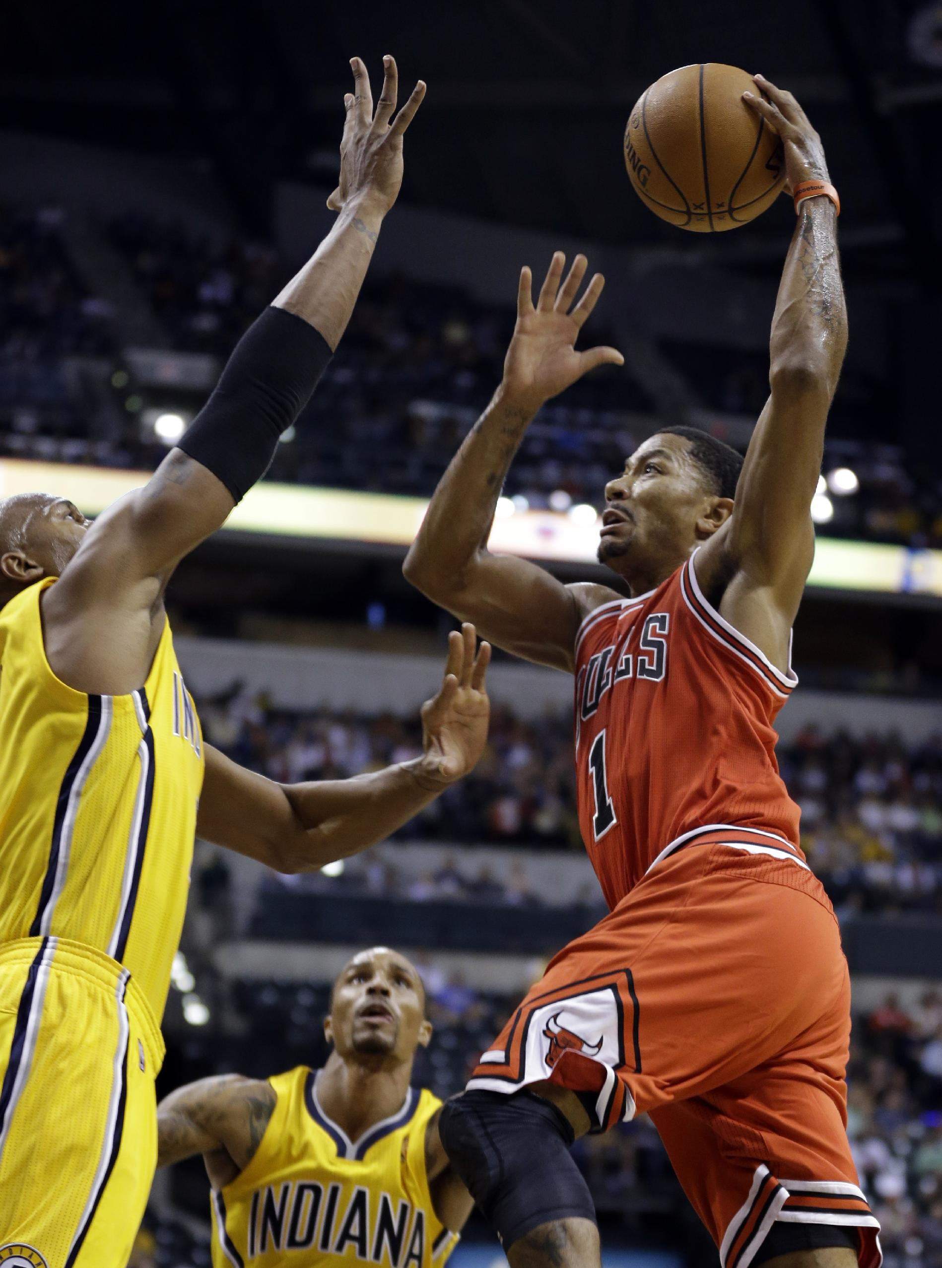 Derrick Rose scored 13 points in the Bulls' exhibition victory over the Pacers. (AP)