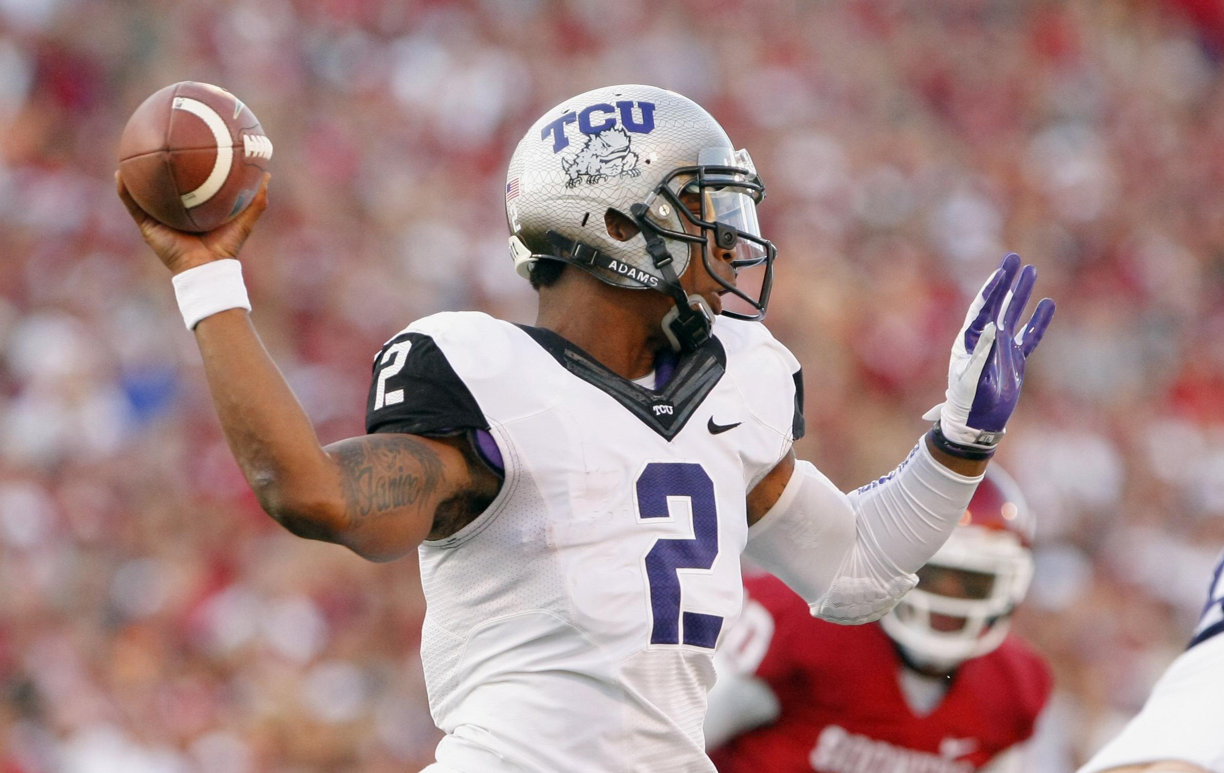 No. 11 Oklahoma holds off TCU 20-17