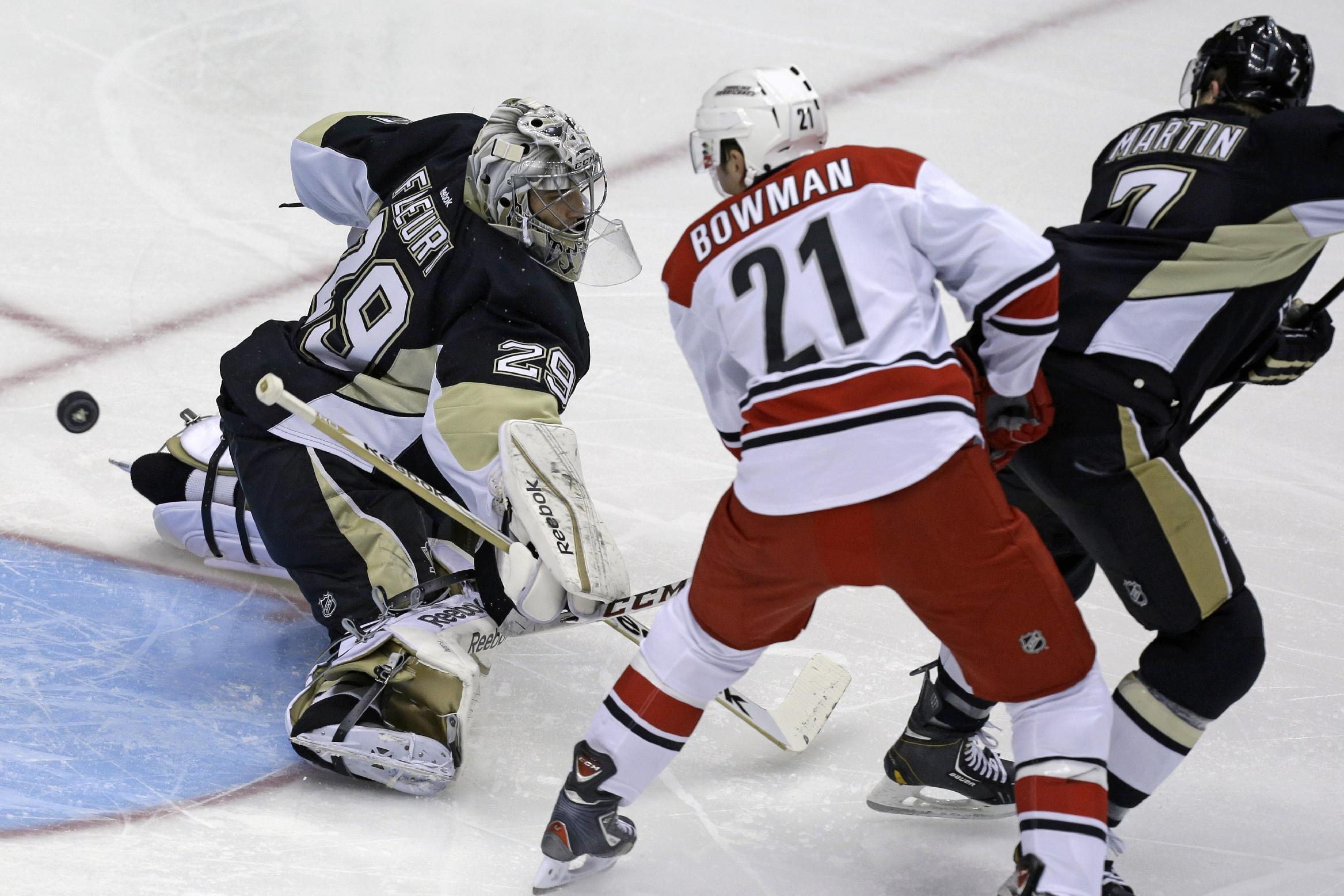 Penguins remain unbeaten, top Hurricanes 5-2