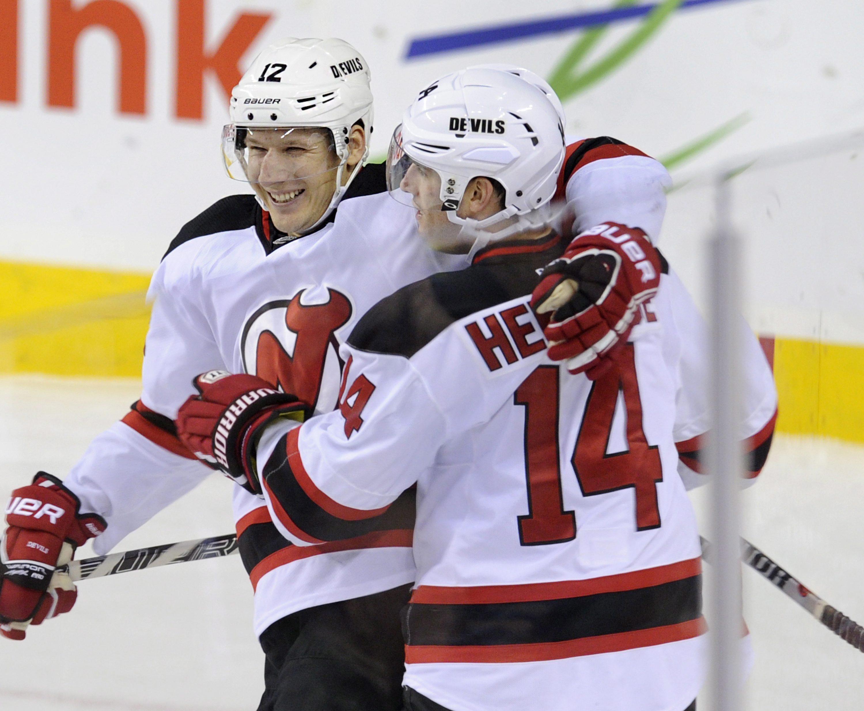 Rookie Monahan lifts Flames past Devils 3-2
