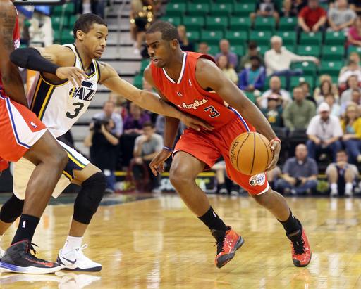 Mullens, Jordan lead Clippers past Jazz, 106-74
