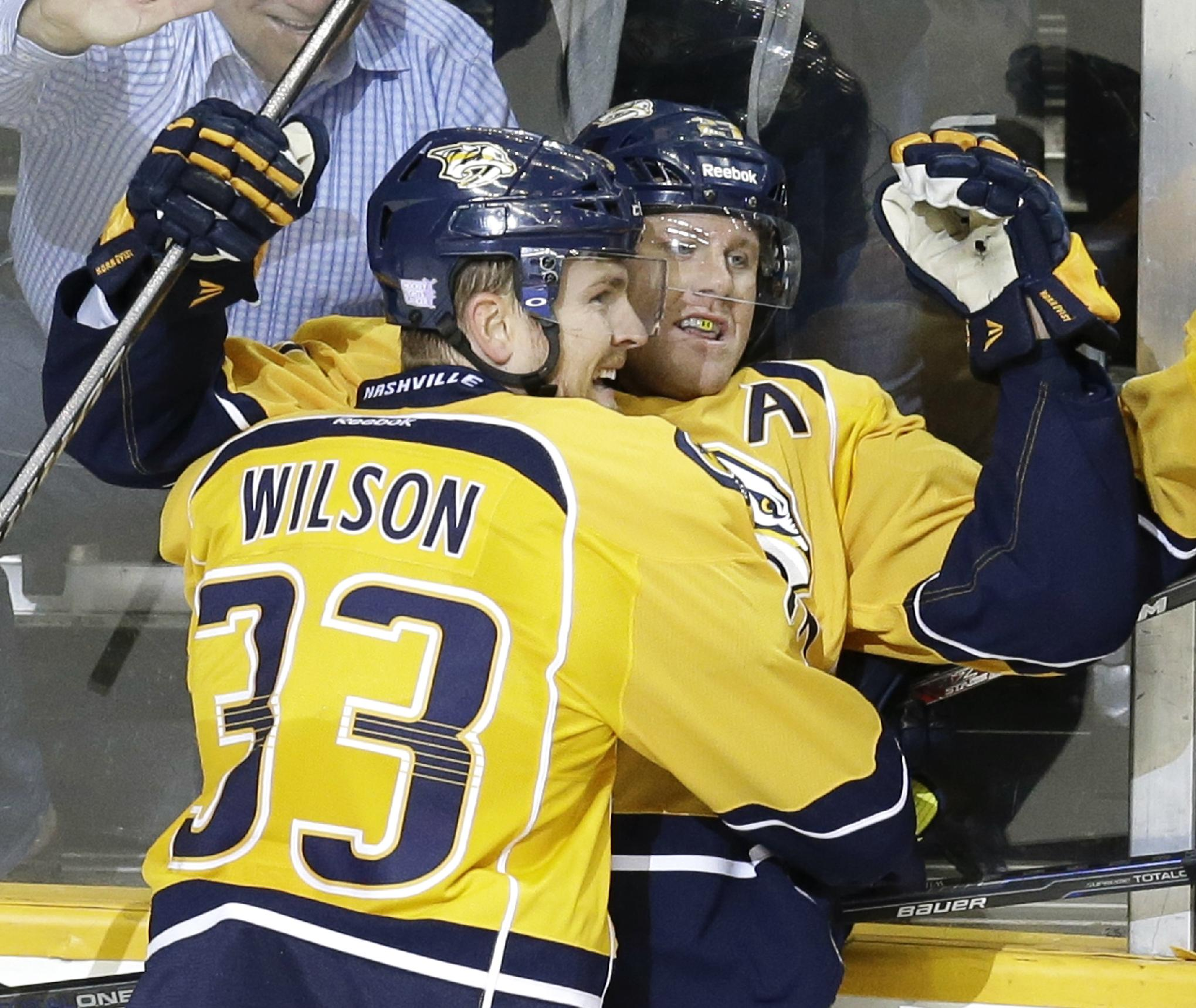 Jones' 1st goal lifts Predators to win over Isles