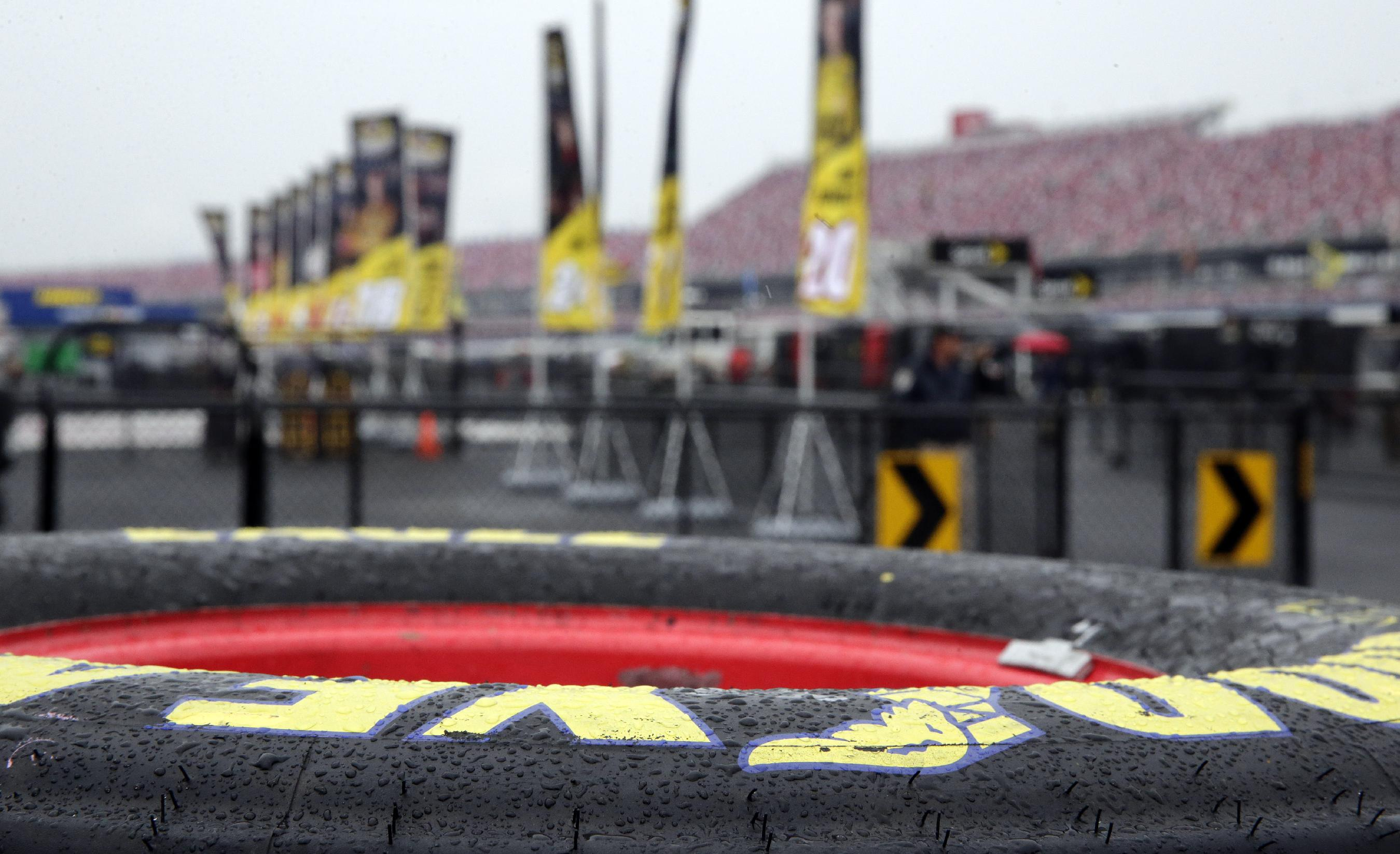 Chase leaders hope to avoid Talladega carnage