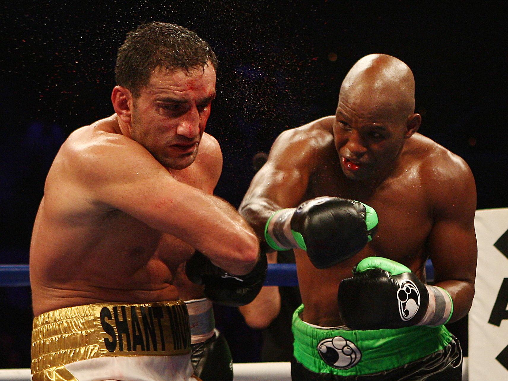 Hopkins retains light heavyweight belt