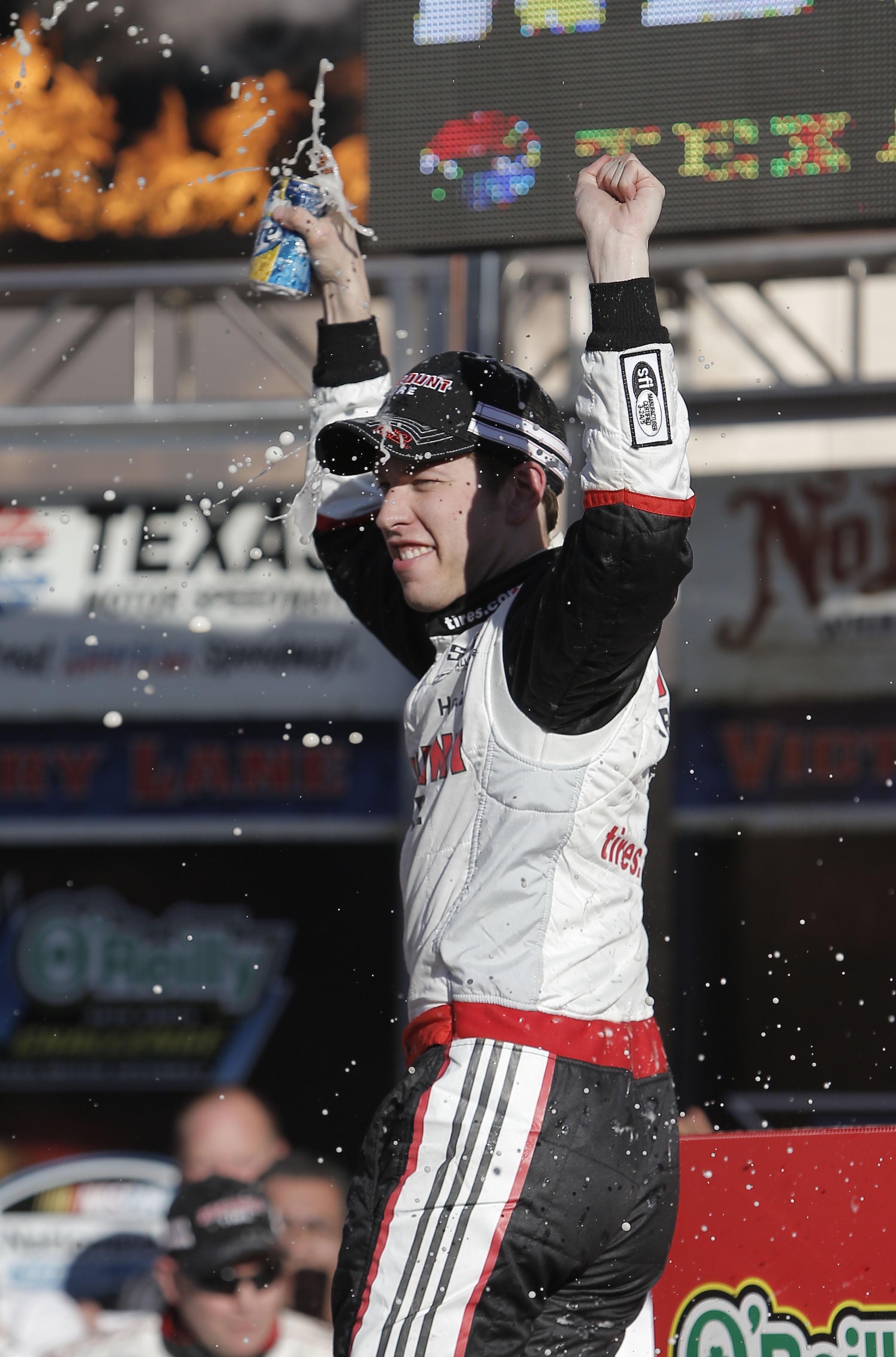 Keselowski wins Nationwide race at Texas