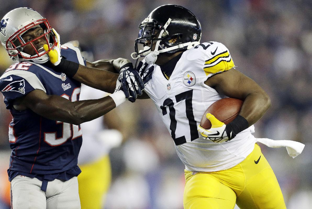 Brady throws for 4 TDs; Pats top Steelers 55-31