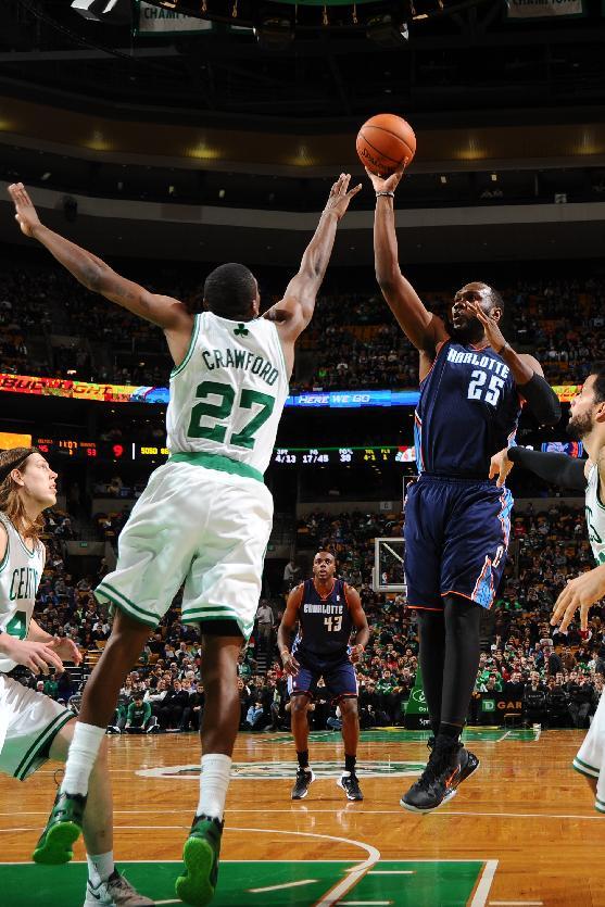 Jefferson carries Bobcats past Celtics, 89-83