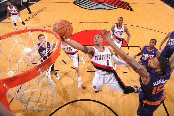 Blazers edge Suns 90-89 on Lillard's late layup