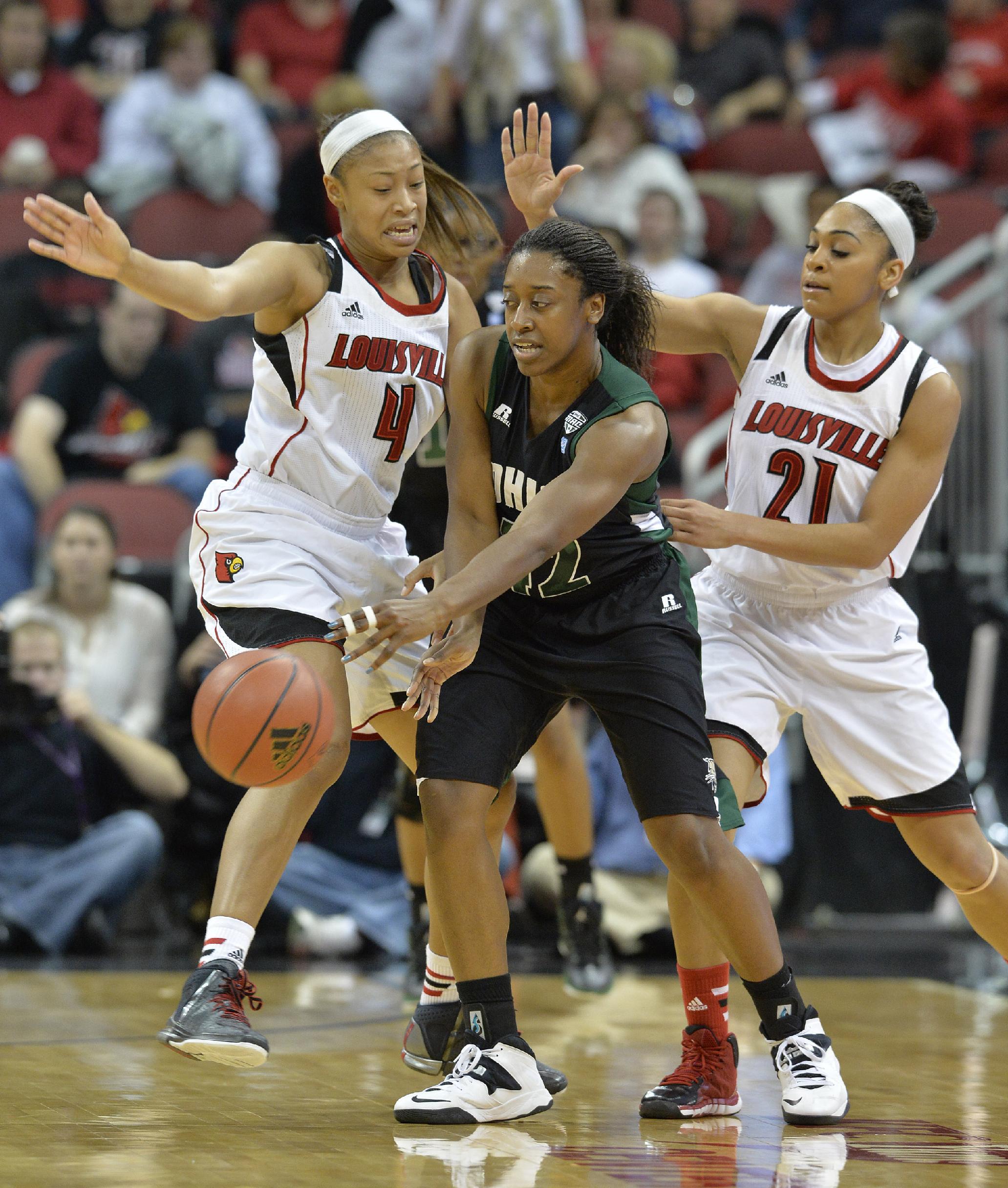No. 4 Louisville women rout Ohio, 90-33
