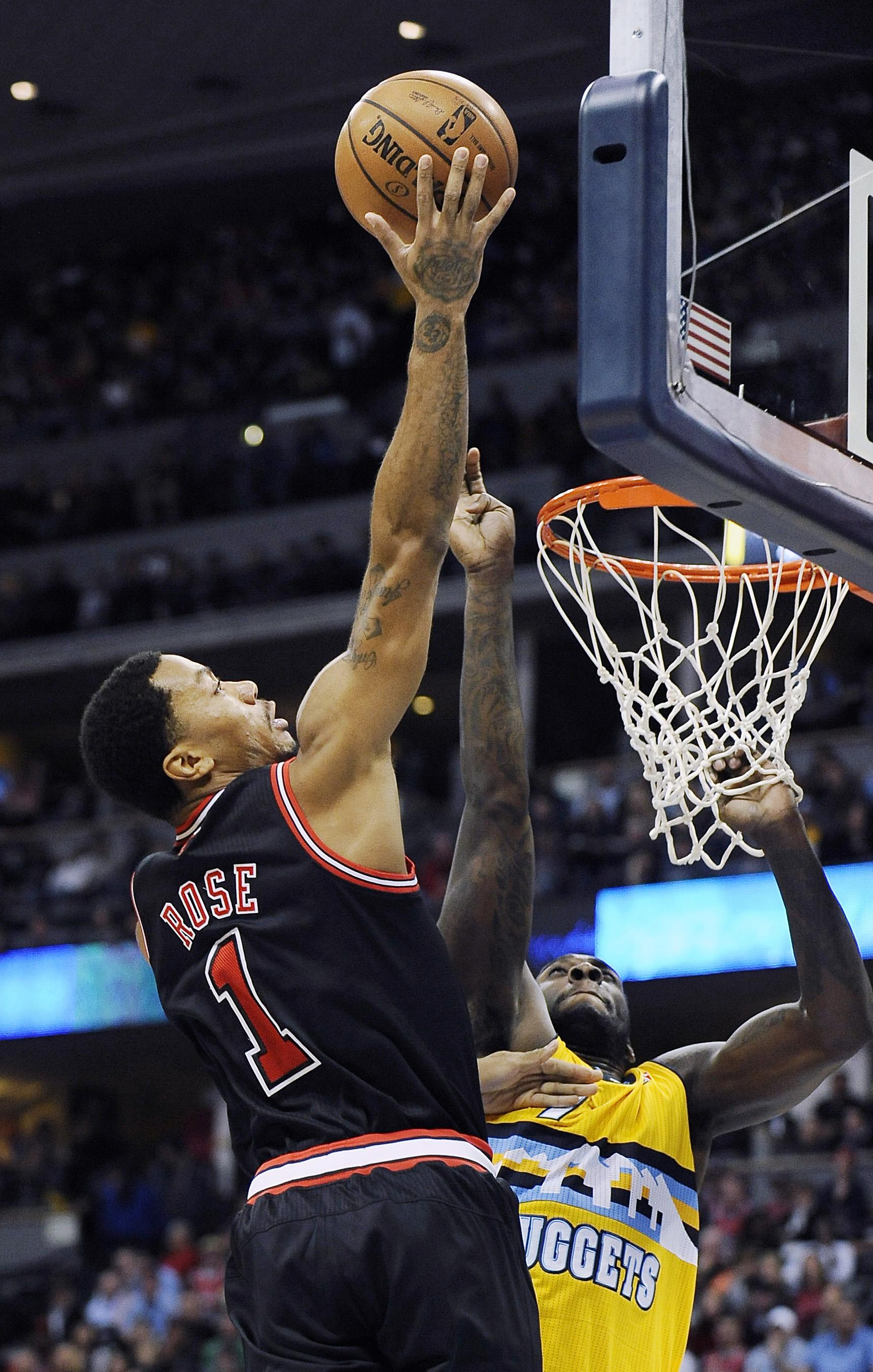 Chicago Bulls star Derrick Rose out for season