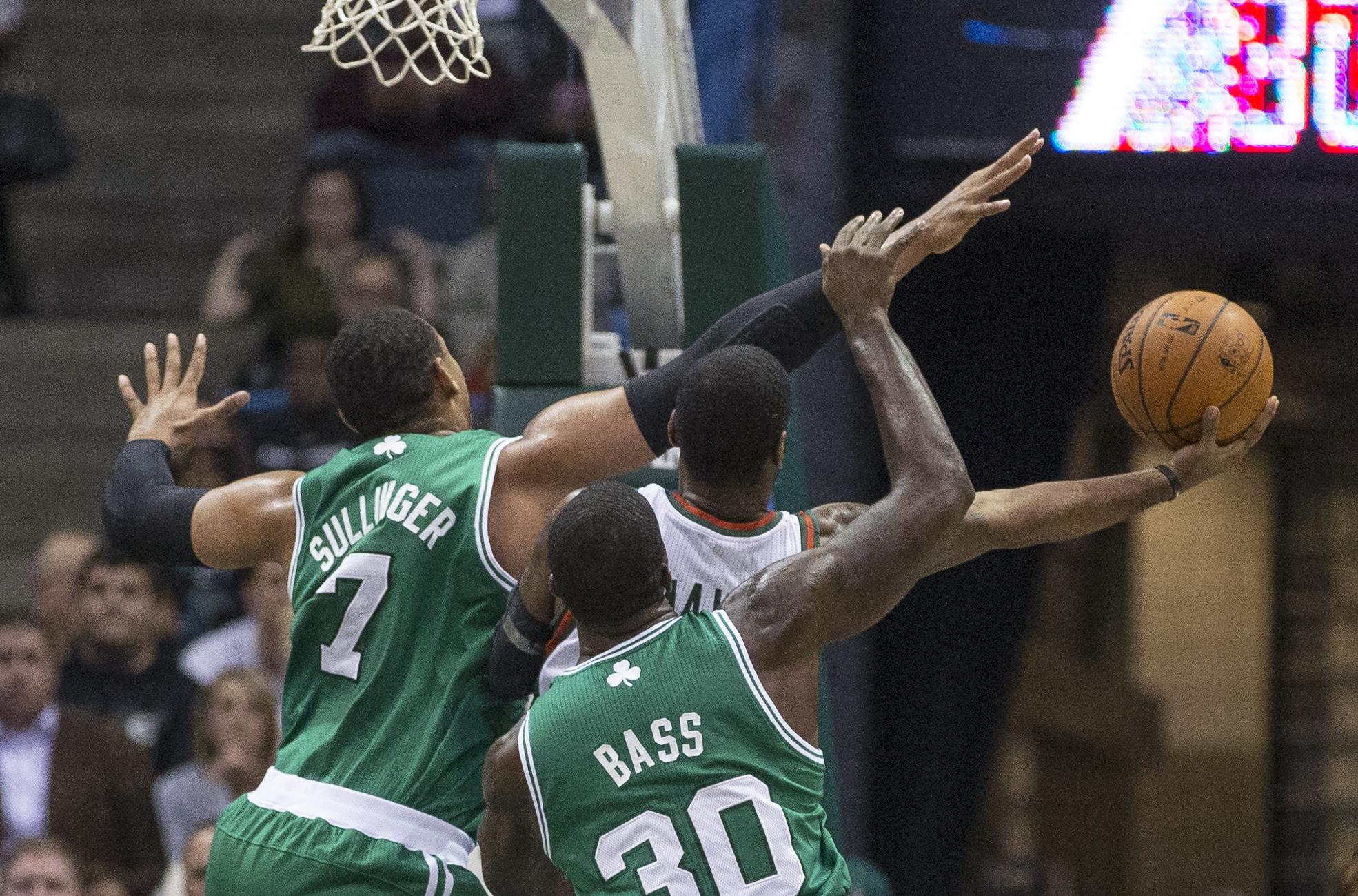 Bucks beat Celtics 92-85 to end 11-game skid