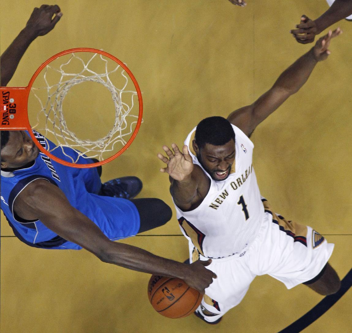Pelicans G Evans rolls left ankle