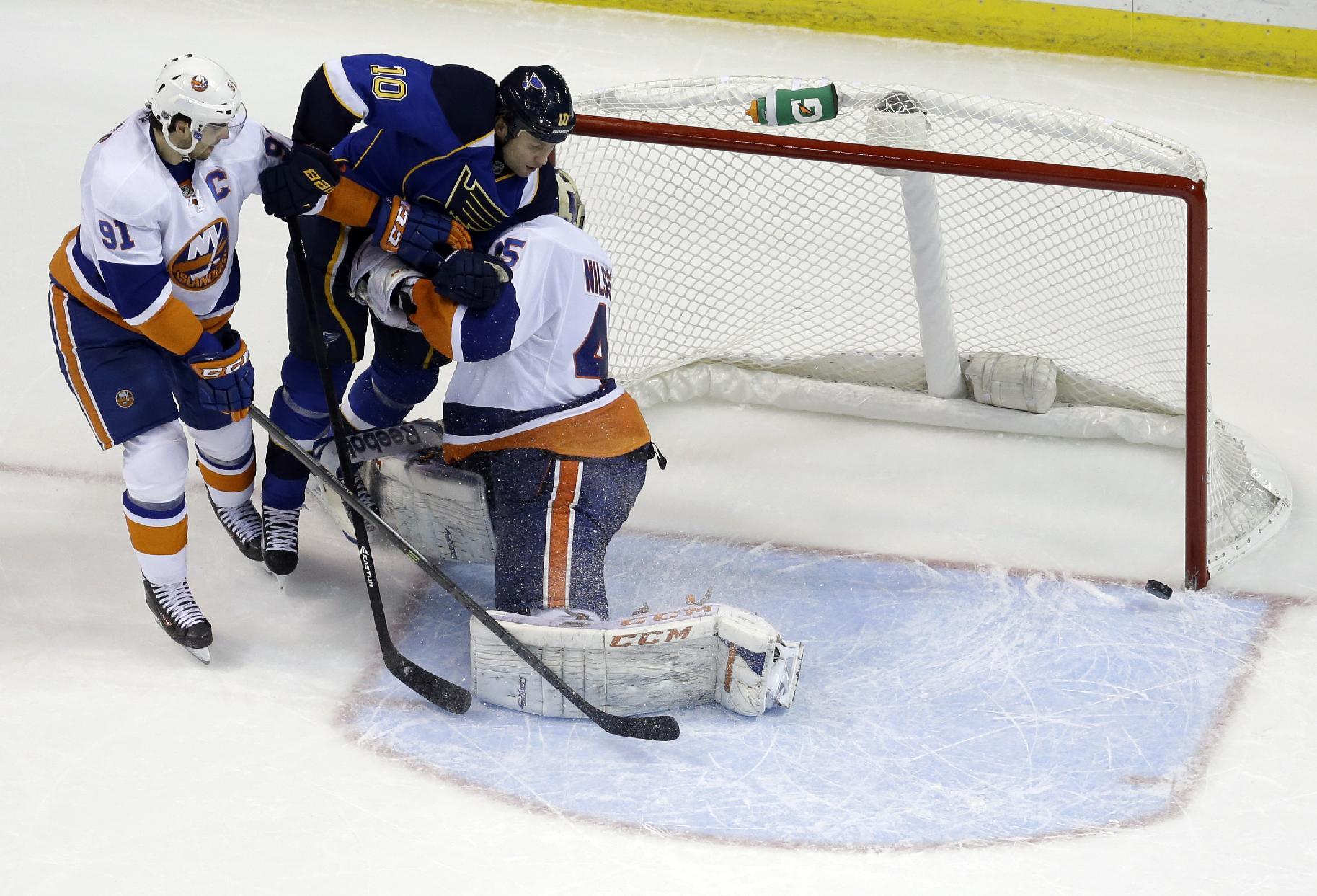 Blues hand Islanders 8th straight loss, 5-1