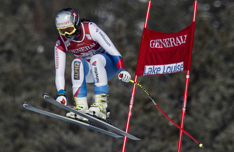 Vonn returns to racing 10 months after surgery