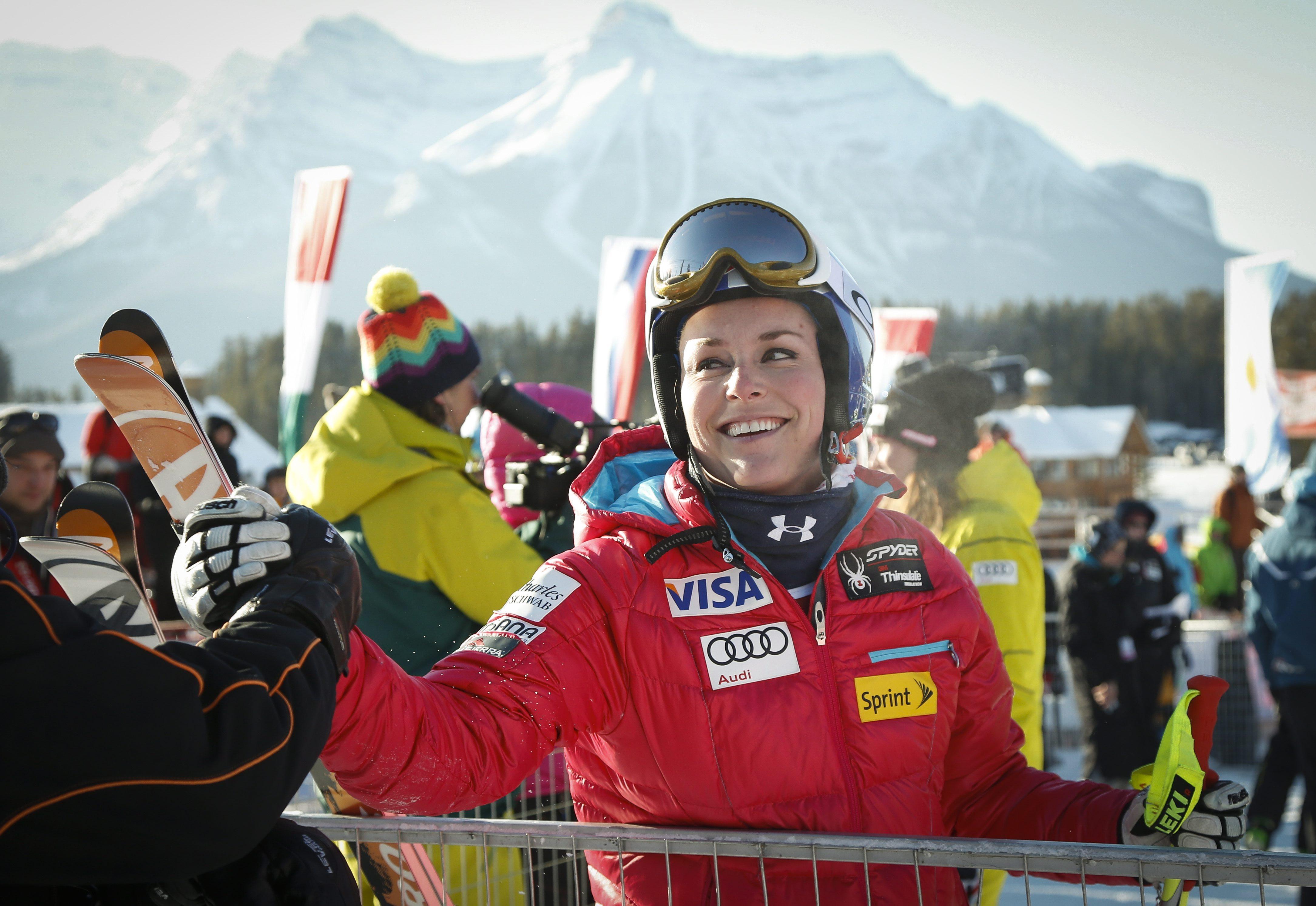 Vonn attacks more in 2nd race; Hoefl-Riesch wins