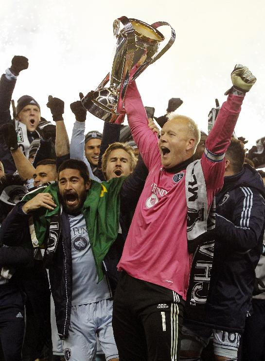 Sporting KC goalkeeper Jimmy Nielsen retires