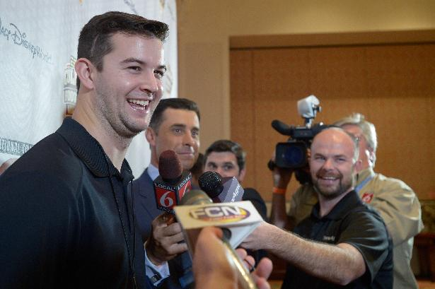 Alabama quarterback AJ McCarron wins Maxwell Award