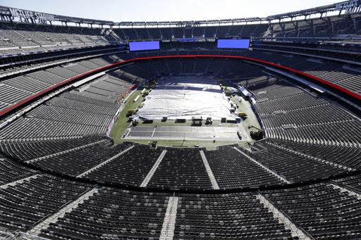 NFL's turf gurus gird for historic Super Bowl