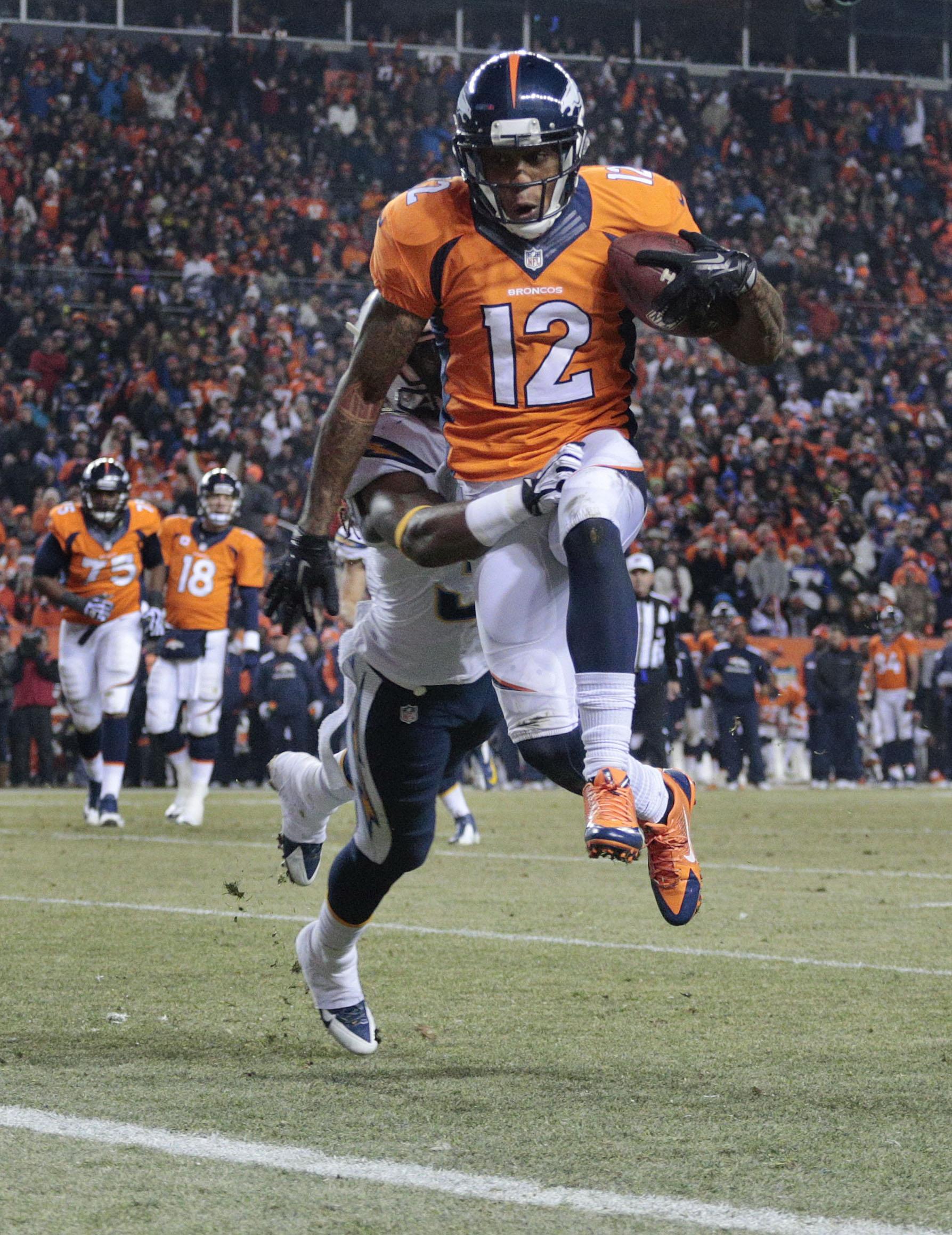 Broncos' loss opens door in AFC playoff race