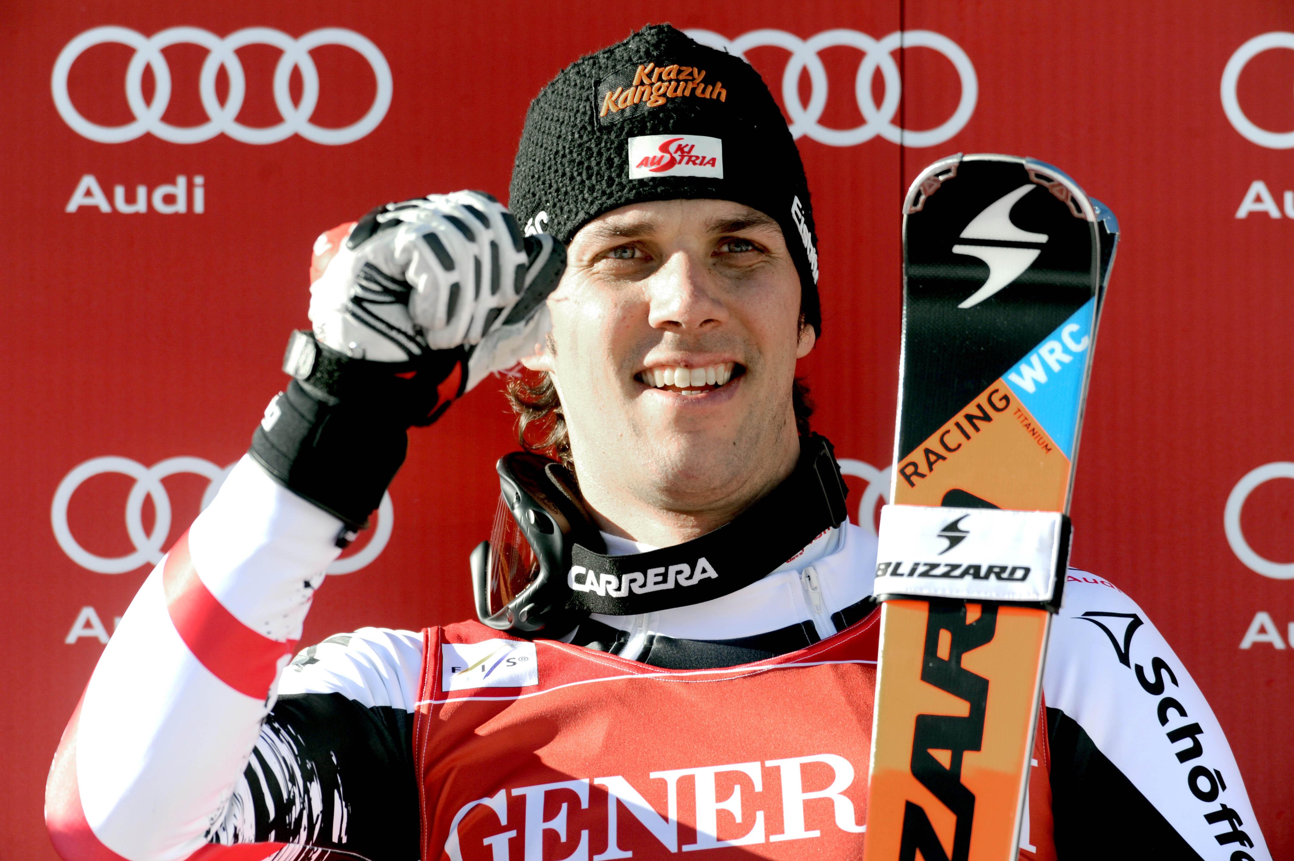 Matt wins World Cup slalom on a day for veterans