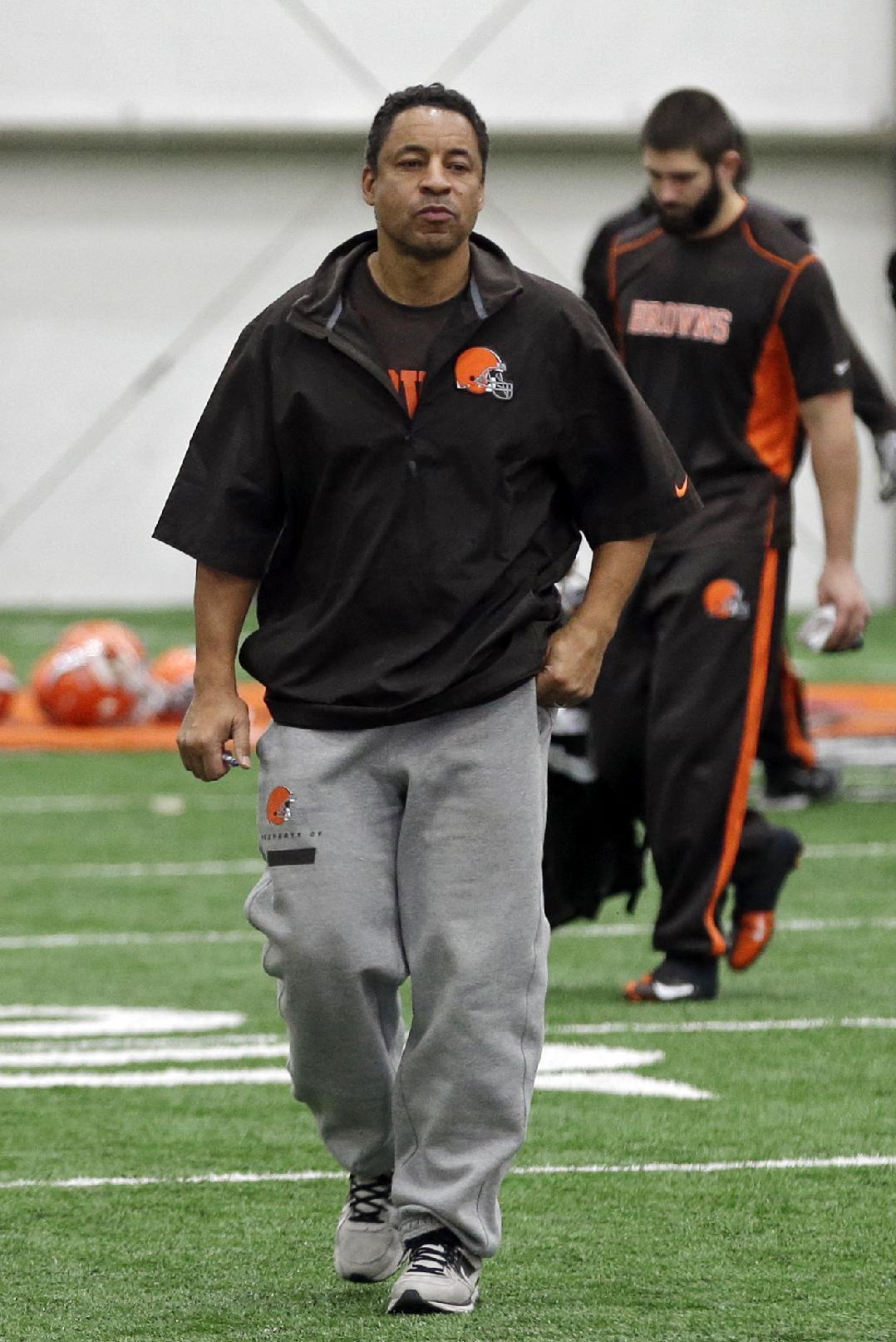 Browns' Horton says defense feeling pressure