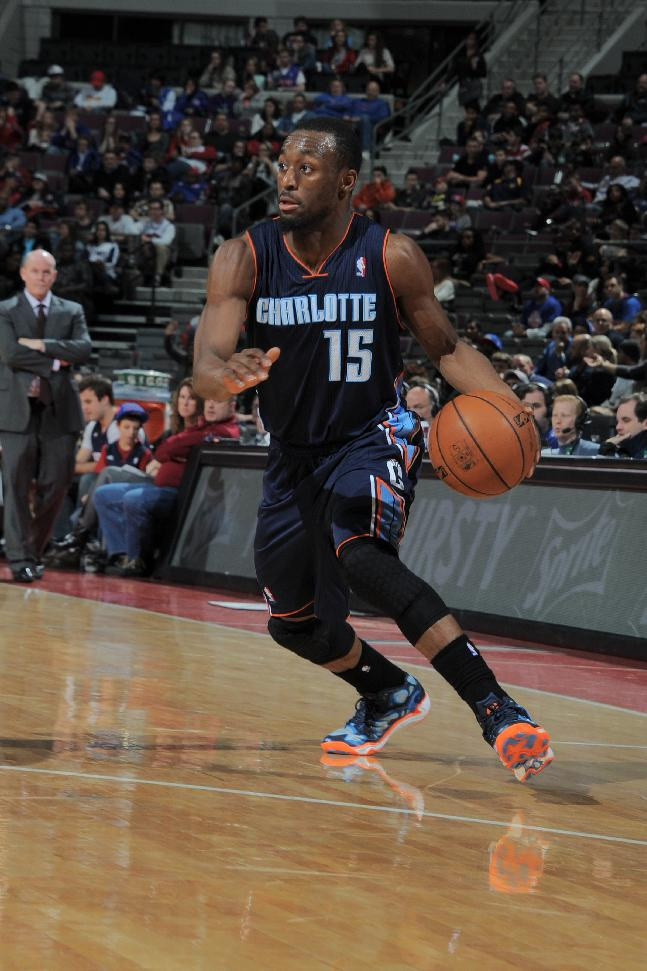 Bobcats storm past Pistons in 4th, win 116-106