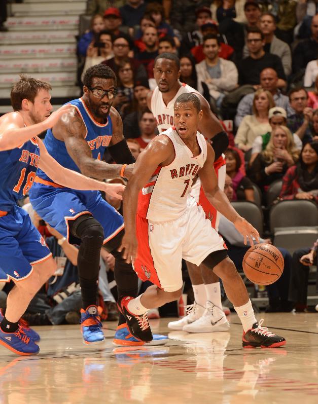 Lowry scores 32 as Raptors beat Knicks 115-100