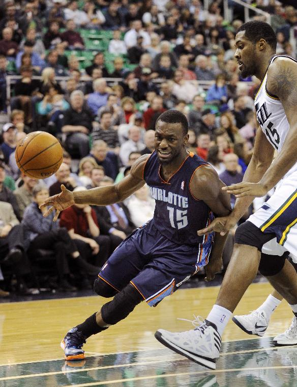 Burke sends Jazz to 83-80 win over Bobcats