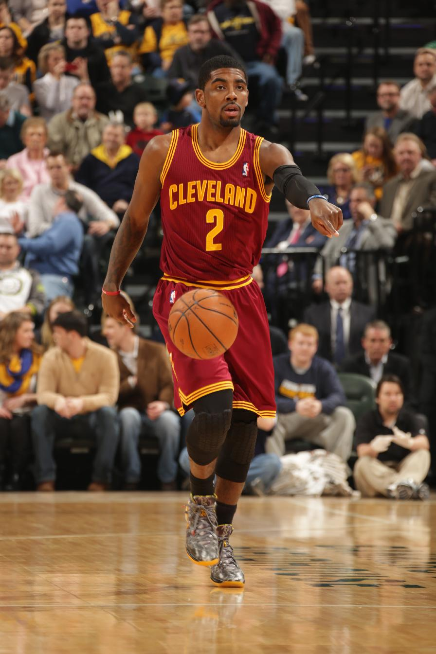 Cavs' Irving has only bruised left knee