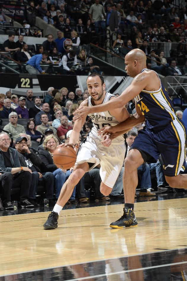 Spurs' win streak to 6 with 109-105 win over Jazz