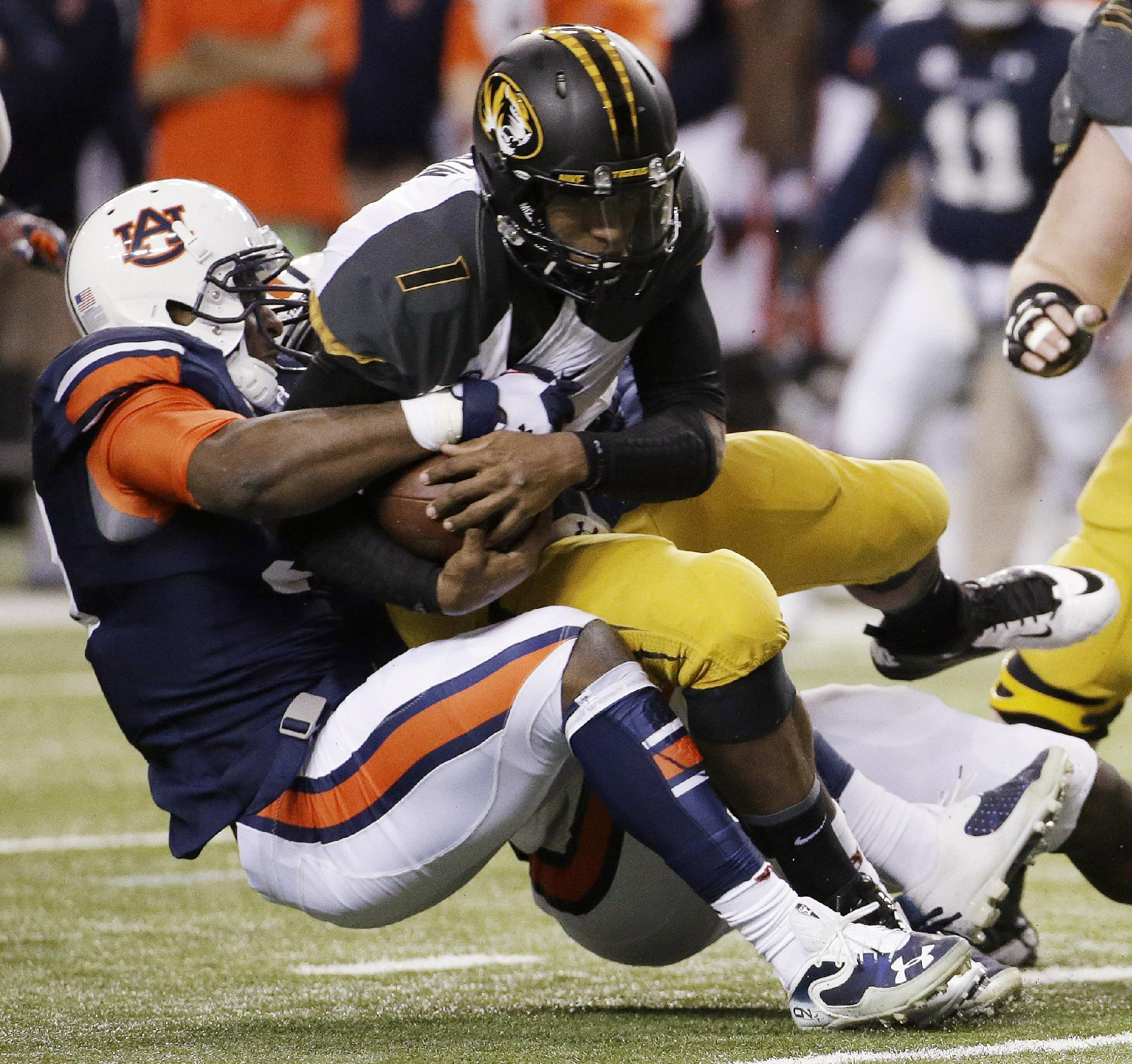 Auburn's Dee Ford turning heads at Senior Bowl