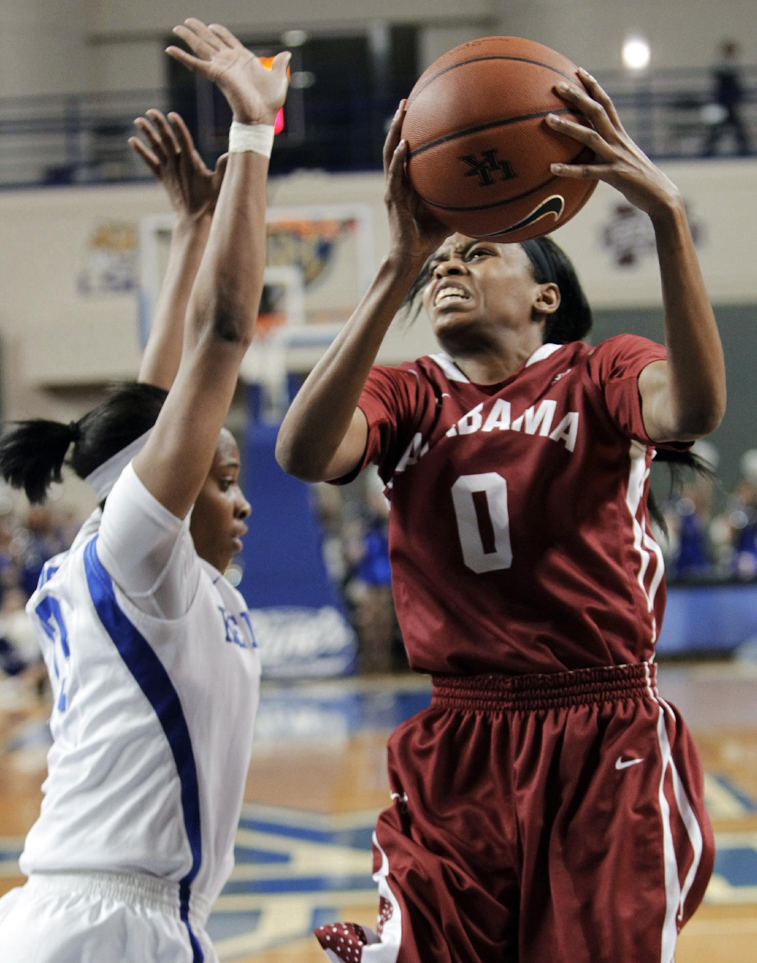 Simmons' layup lifts Alabama past No. 9 Kentucky