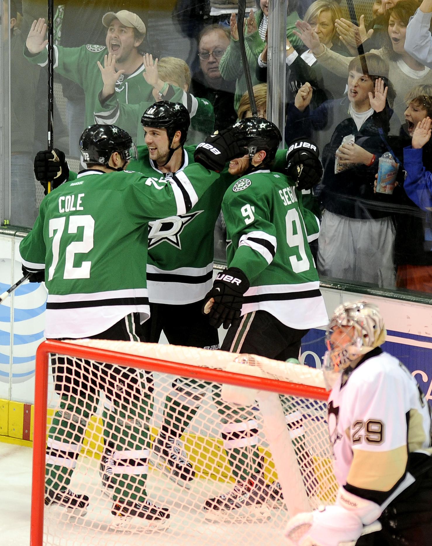 Lehtonen shuts out Penguins as Stars win 3-0