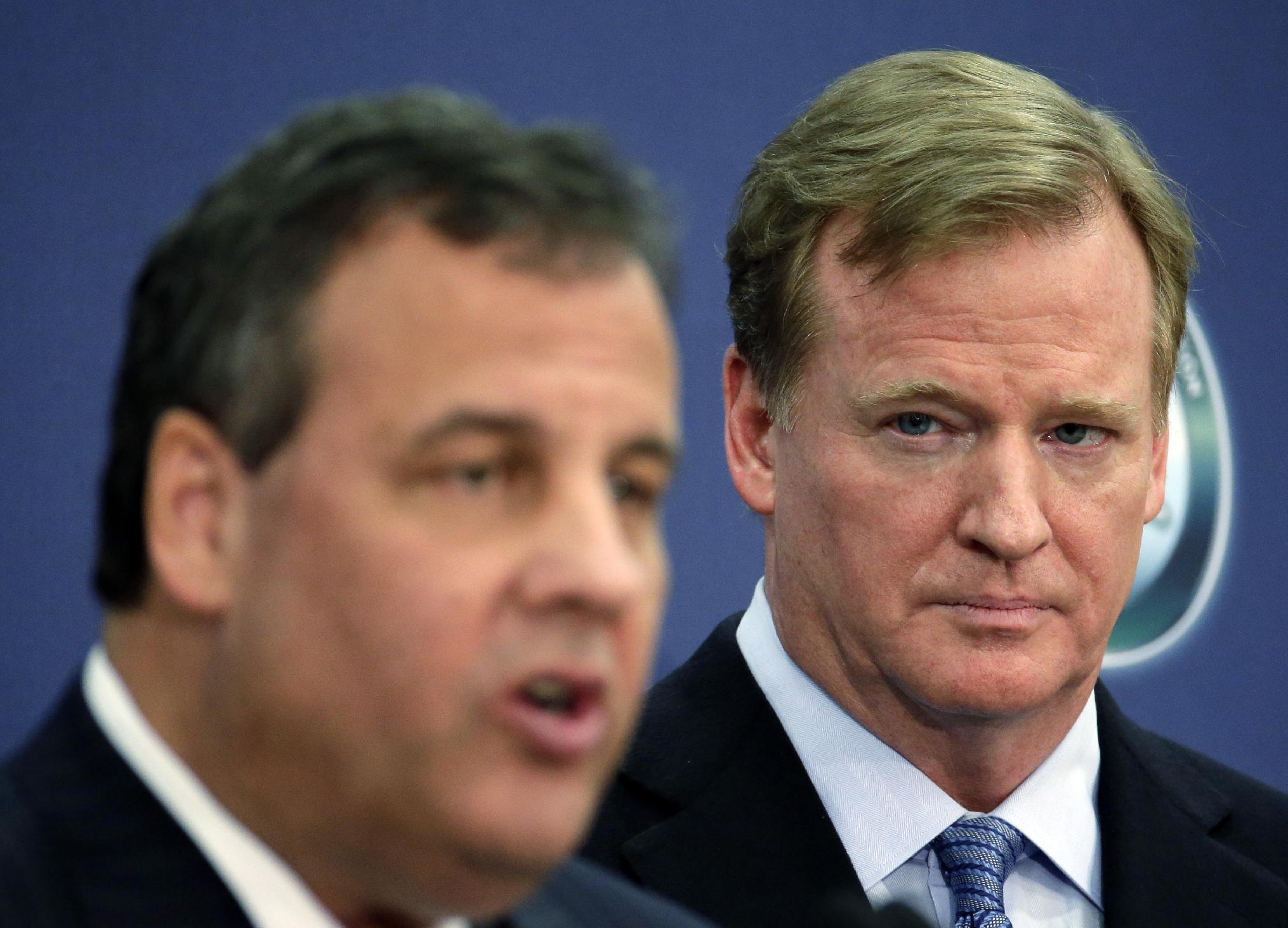 Gov. Christie on defense as NJ hosts Super Bowl