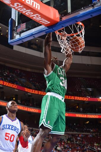 Jeff Green leads Celtics past 76ers, 114-108