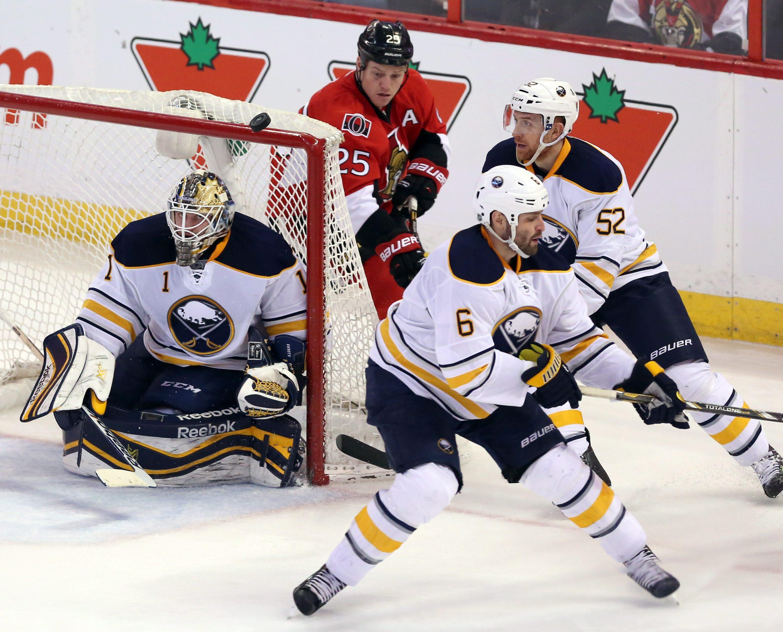 Michalek leads Senators past Sabres 3-2
