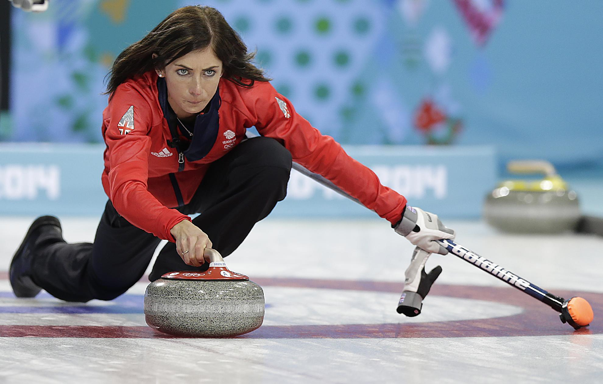 Flawless Jones stays in the zone for Canada
