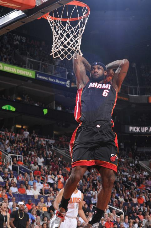 James scores 37 to lead Heat past Phoenix 103-97